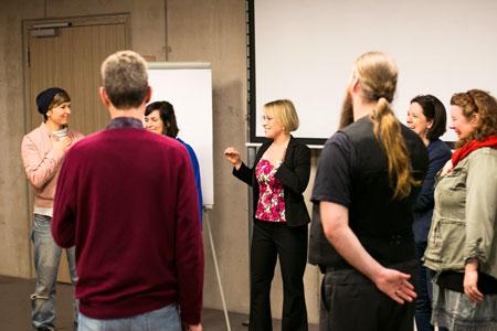 Die Magie der Stimme: Entdecke die Kraft deiner Stimme im Seminar mit Anne Kühl in Hamburg.