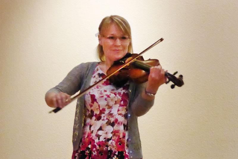 Gut reden kann man lernen: So habe ich erfolgreich gelernt: Anne Kühl beim Geige spielen